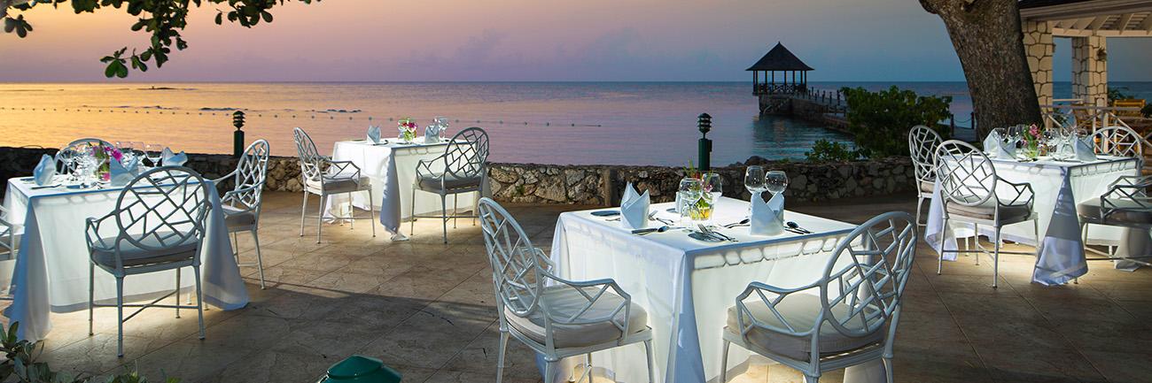 Beach Restaurant Dinner